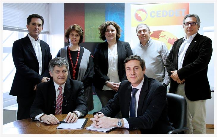 Firma del acuerdo IIC y fundación CEDDET